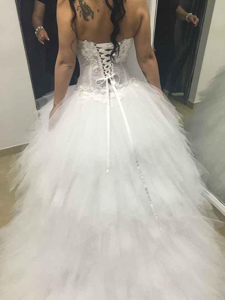 Vestido de noiva limpar ou não? decisão - 3