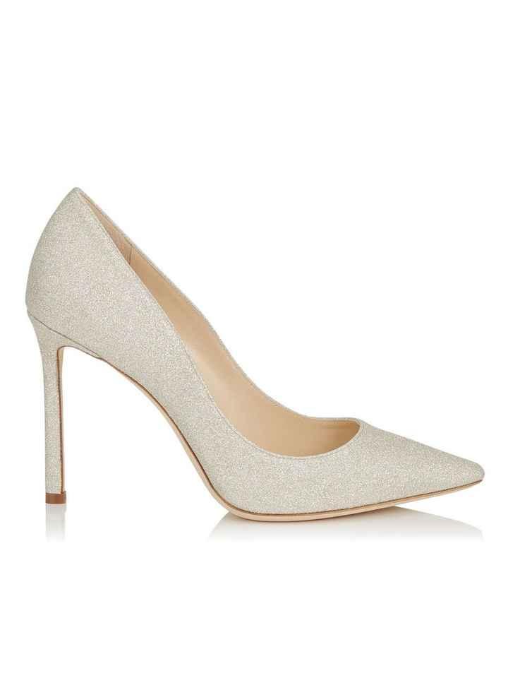 A. sapatos