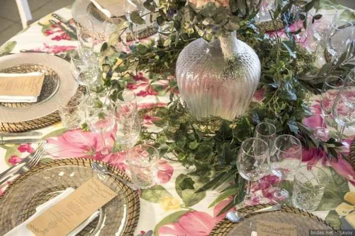 As mesas do copo d'água: lisas ou estampadas? - 1