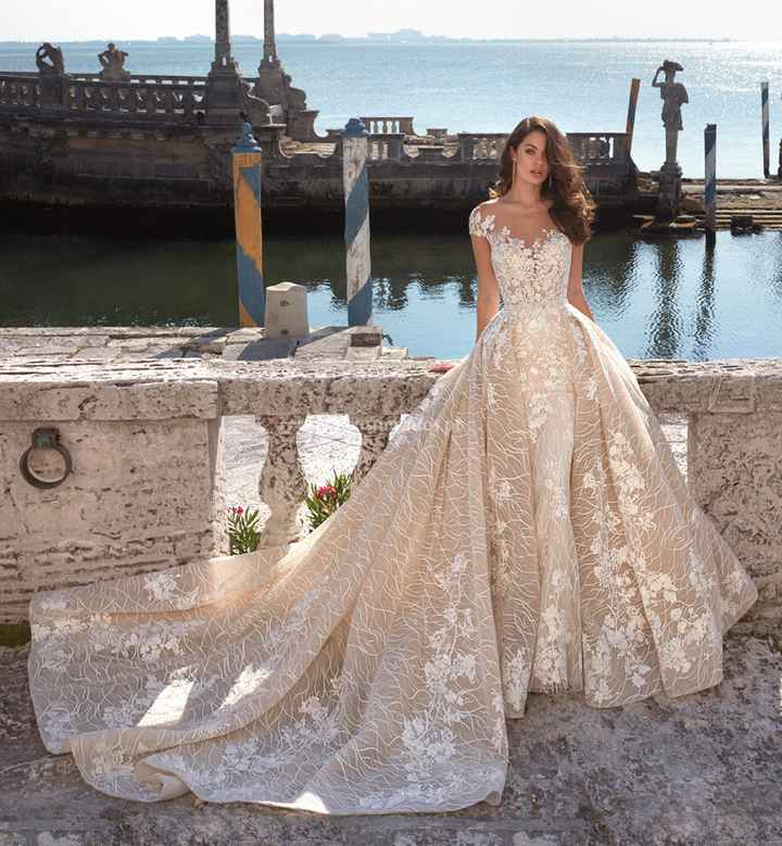 Branco ou com cor: o vestido de noiva 👰🏽 - 2
