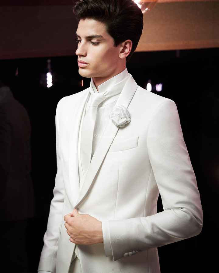 Branco ou com cor: o look do noivo! - 1
