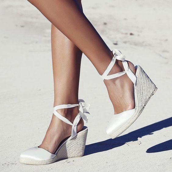 4 estilos, 4 elementos - Os sapatos 👠 1