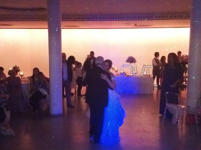 Baile: O teu pai vai-te entregar ao noivo? 1