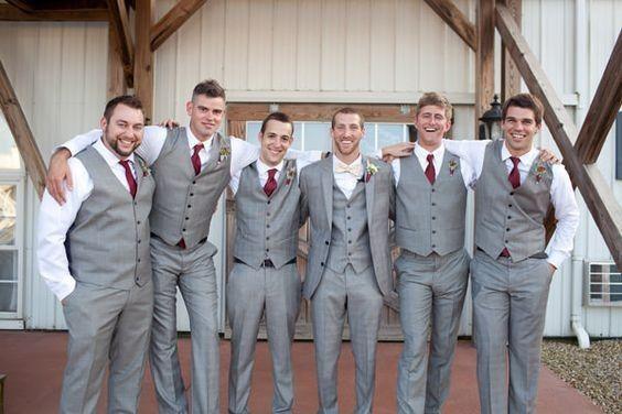 Decide o look dos padrinhos para o casamento! 1