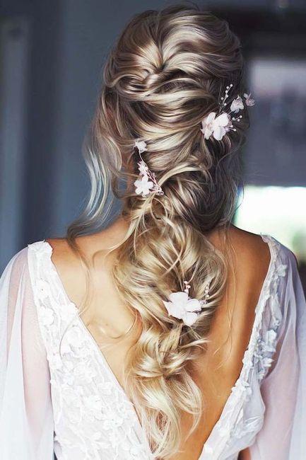 Flores no penteado de noiva? 3