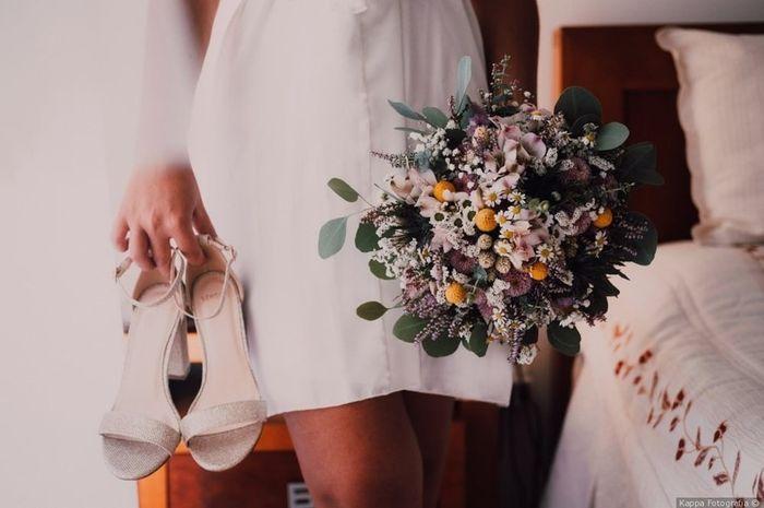 Darias o teu sim a este bouquet e a estas sandálias? 😁 1