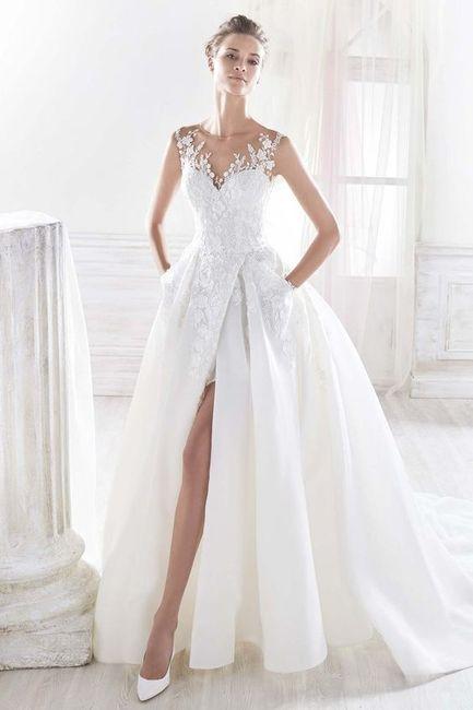 O vestido escolhido tem ou não tem racha? 1
