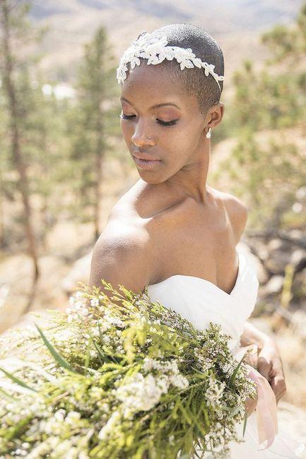 Outubro é Rosa: inspirações para noivas carecas 💗 4