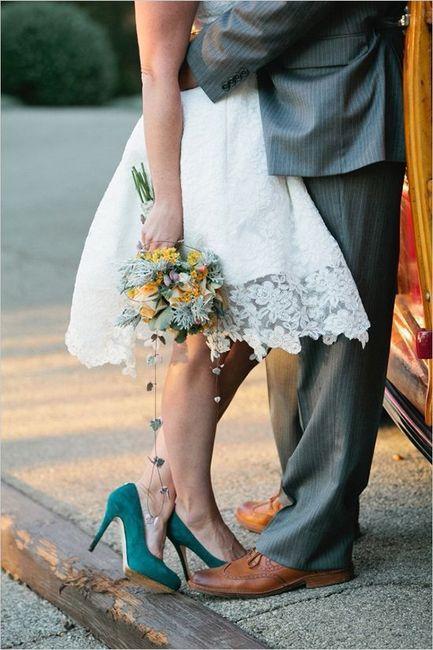 Sapatos e ramo de noiva a combinar? 👠💐 1