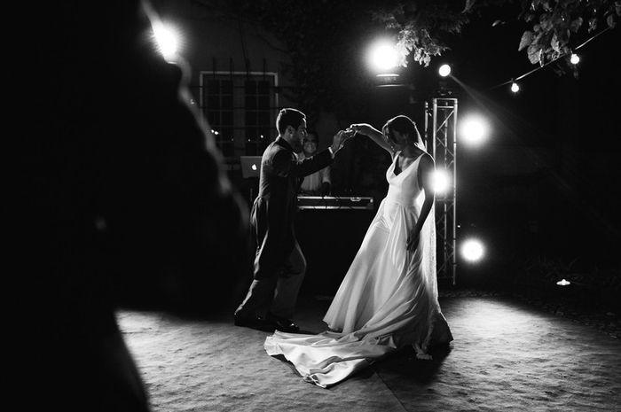 A canção da primeira dança vai ser _________ 1