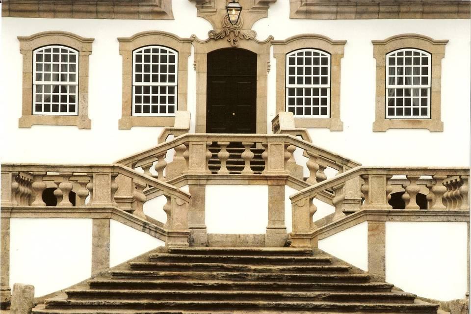 Fachada principal escadaria