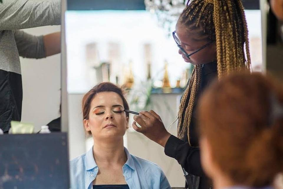 Alci Guimarães Makeup Artist