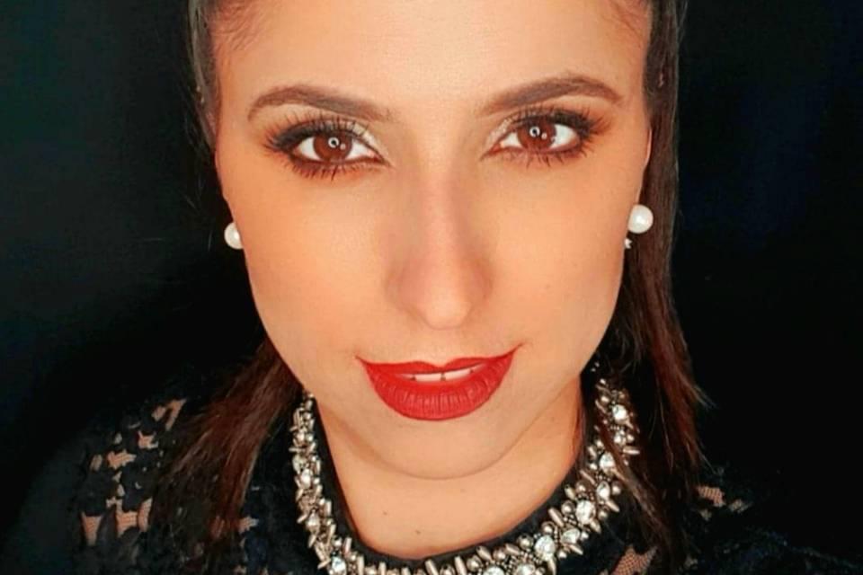 Carla Fernandes Makeup