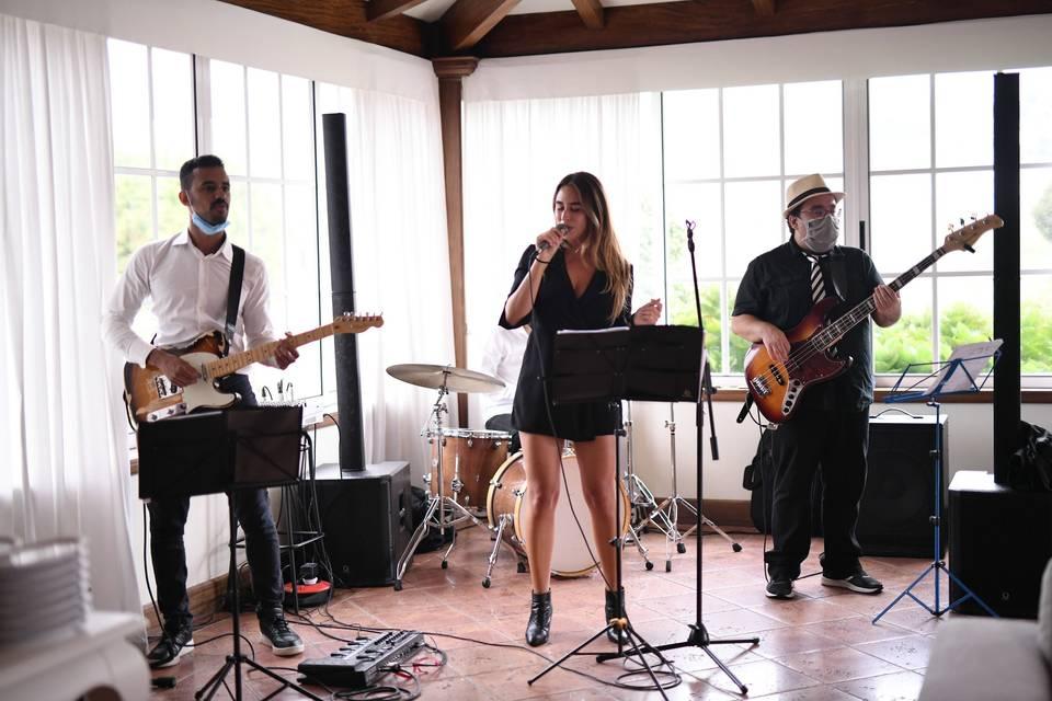 Quarteto com voz feminina