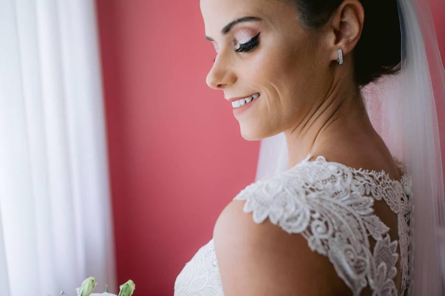Adriana Meira Makeup