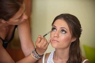 Make Up Happen